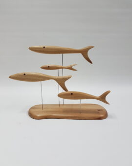 4 fish on stand